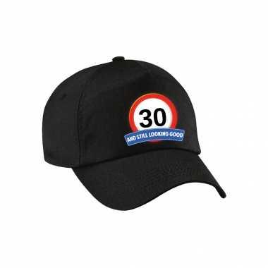 30 and still looking good stopbord pet / petje zwart voor volwassenen