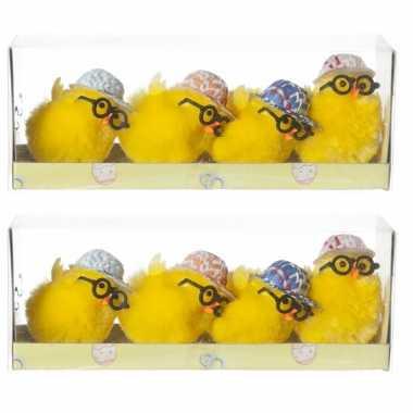 8x stuks mini kuikentjes met pet en bril geel 5 cm
