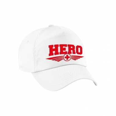 Hero rode kruis tekst pet / baseball petje wit voor volwassenen